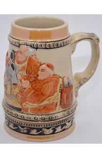 Пивная кружка керамическая коллекционная Веселые аббаты.