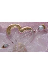 Шкатулка с оригинальной композицией из стекла Любящее сердце в золоте.